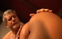 Older dude fucking a young babe