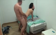 Old dude fucking a young chick in the dorm room