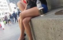 Sexy legged girl in public