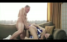 Cheerleader seduces an older dude